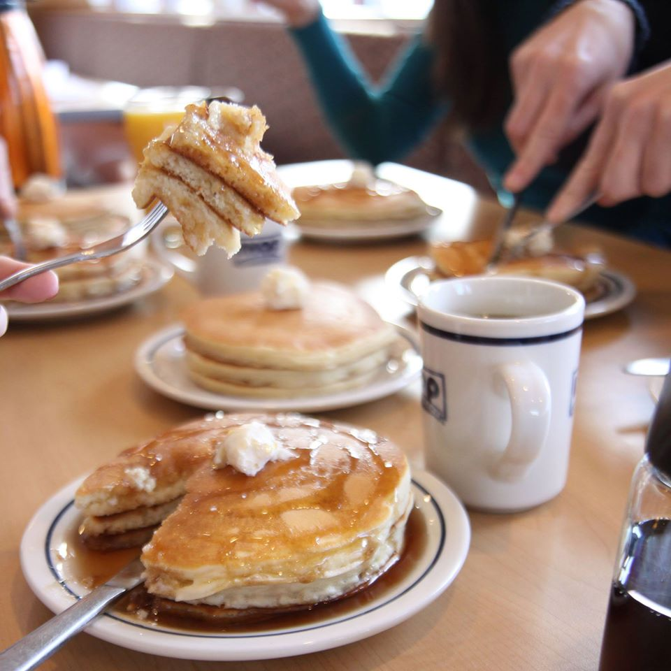Watch IHOP has free pancakes for National Pancake Day 2019 video
