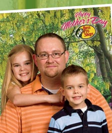 Free Family Photo at Bass Pro Shops