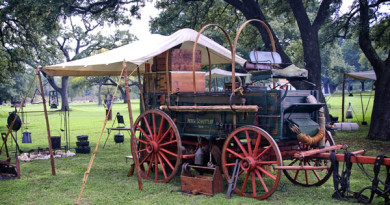 Chuckwagon Dinner at Old Settler's Park