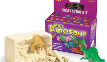 Mini Dino Dig Class at Kaleidoscope Toys