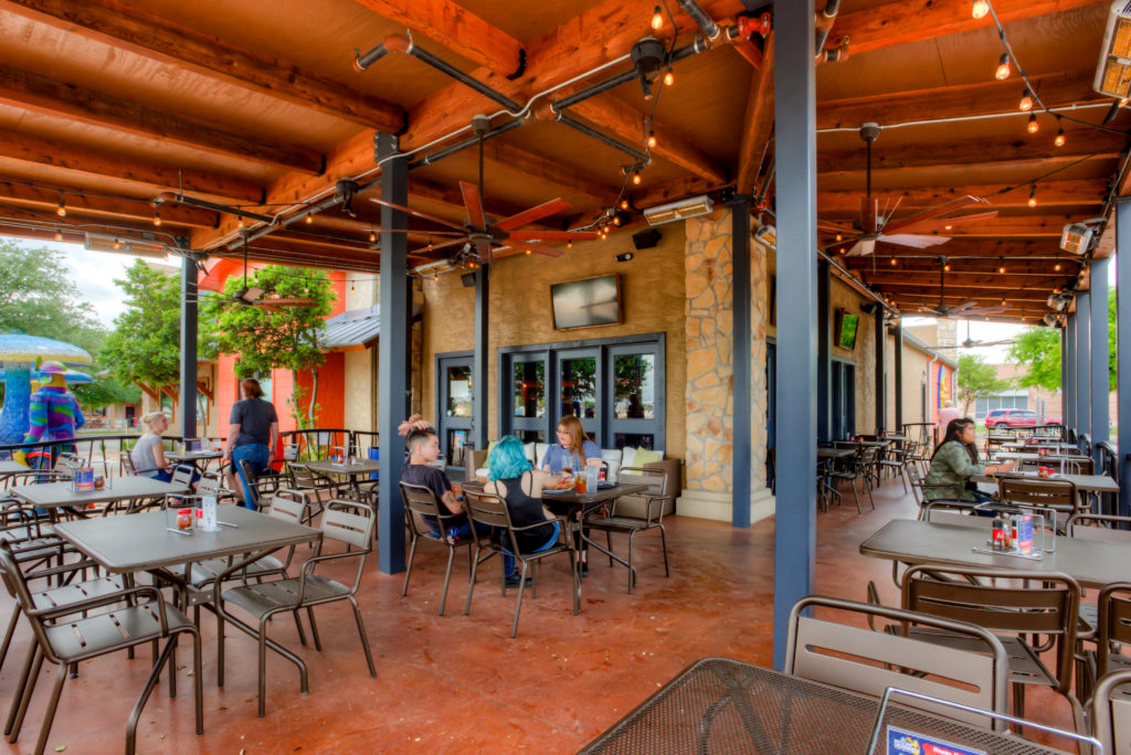 Best Patios in Round Rock: Mellow Mushroom