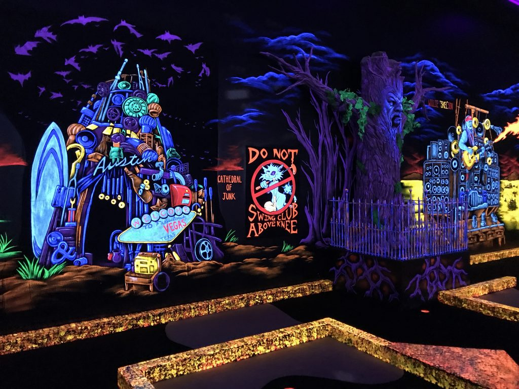 Indoor Play Places in Round Rock - Monster Mini Golf