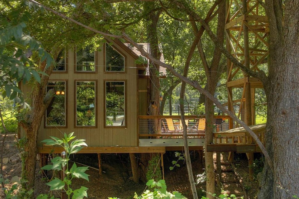 treehouses in Texas